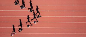 5 pesquisas de mercado essenciais para conhecer a jornada do consumidor