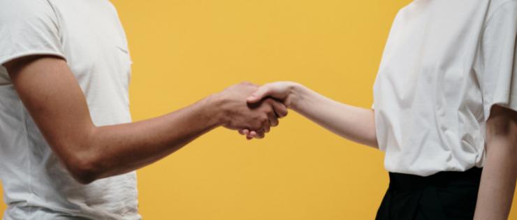 Customer Experience e Customer Success: como essas áreas andam de mãos dadas e qual a diferença entre elas?